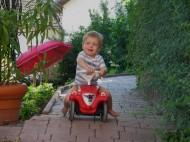 Voll Karacho auf der Kinderkarre
